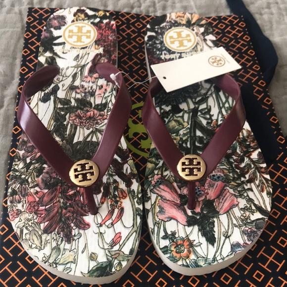 bbaf71753f9d9a New Authentic Tory Burch Flowers 🌸 sandals. M 5bf1cb79de6f62559e9925a4